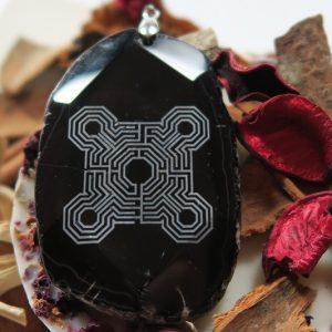 """Pakabukas """"Penkių elementų labirintas""""-akmuo Agatas-1"""