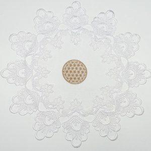 """Balta servetėlė """"Gyvybės gėlelės mandala"""""""