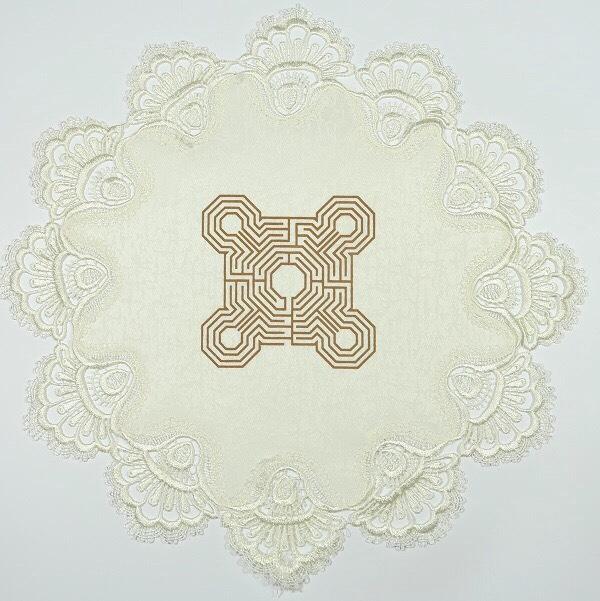 """Kreminė servetėlė """"Penkių elementų labirintas"""" -2"""
